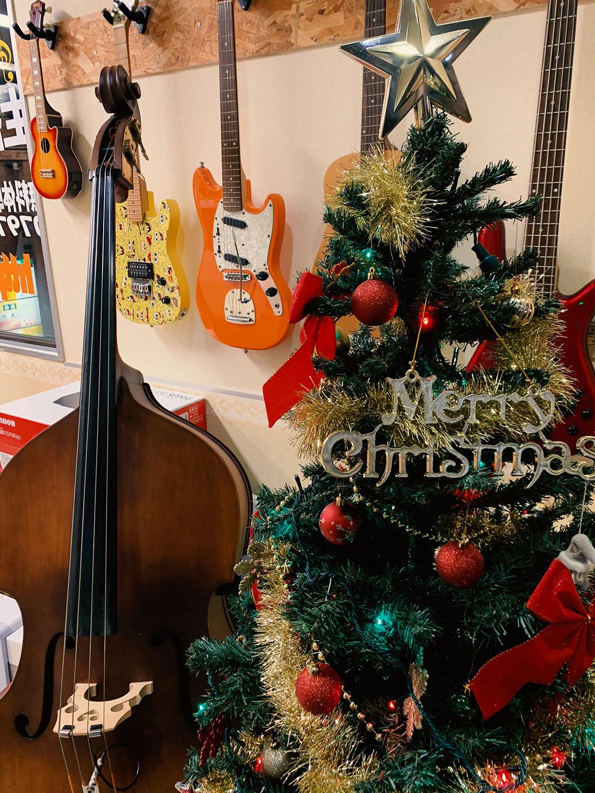 宝塚校のクリスマスツリー